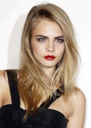 labios-rojos-para-mujeres-rubias-y-tez-clara