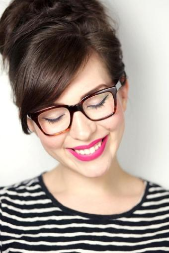 maquillaje-con-gafas-bodaeventus1.jpg