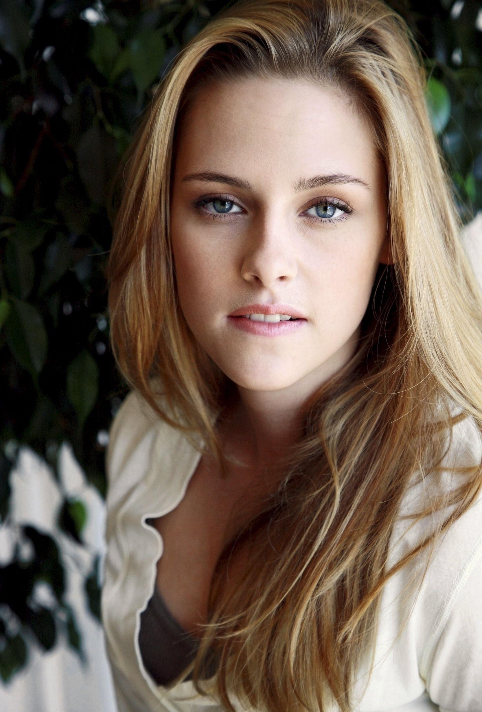 Kristen-Stewart-Hot-1  Bendito Maquillaje-1414