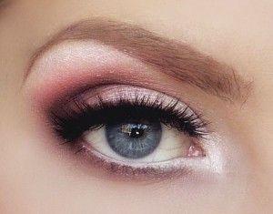 ojos azules water