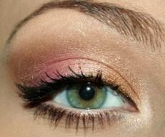 ojos-verdes_sombra-melocoton
