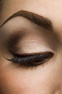 trucos-para-maquillar-ojos-marrones
