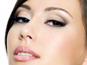 maquillaje-efecto-natural-para-ojos-marrones