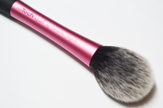 Real-Techniques-Blush-Brush-5