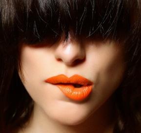 labios-naranjas