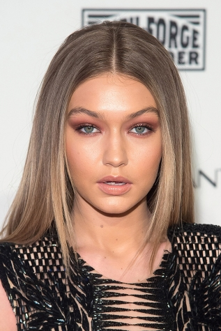 NEW YORK, NY - FEBRUARY 16: Model Gigi Hadid attends the 2016 Sports Illustrated Swimsuit Launch Celebration at Brookfield Place on February 16, 2016 in New York City. (Photo by Michael Stewart/WireImage)